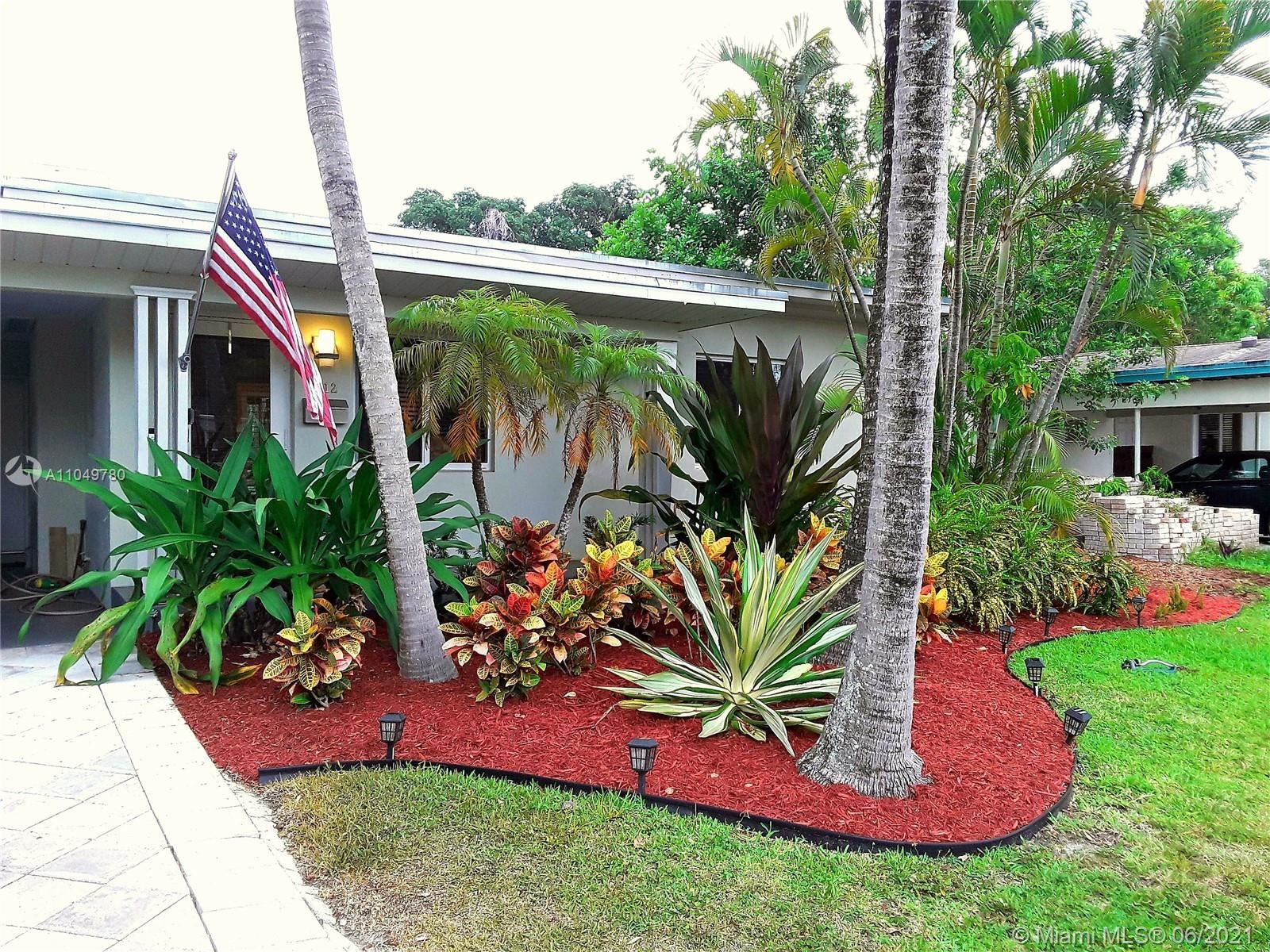 1812 SW 9th Ave, Fort Lauderdale, FL 33315 - #: A11049780