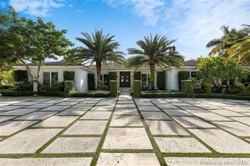 Photo of 8200 Los Pinos Blvd, Coral Gables, FL 33143 (MLS # A10892781)