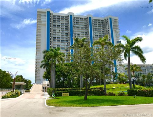 Photo of 881 Ocean Dr #23D, Key Biscayne, FL 33149 (MLS # A10601784)
