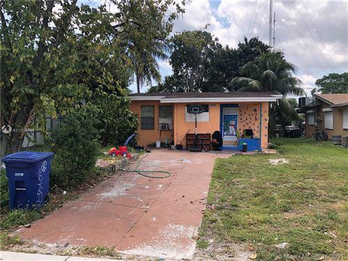 Photo of 6040 SW 38th St, Miramar, FL 33023 (MLS # A11018784)