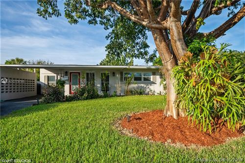 Photo of 301 NW 30th Ct, Wilton Manors, FL 33311 (MLS # A10779785)