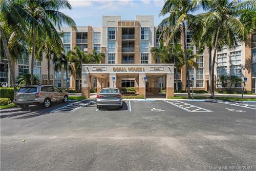 Photo of 9755 NW 52nd St #514, Doral, FL 33178 (MLS # A11034785)