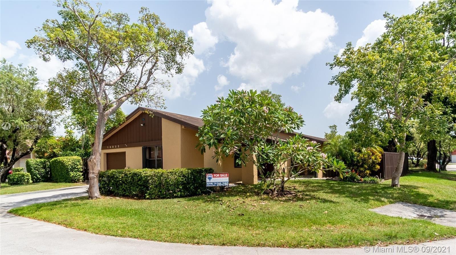 10832 SW 132nd Circle Ct, Miami, FL 33186 - #: A11093786