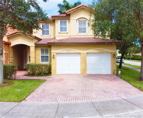 Photo of Listing MLS a10892787 in 8422 NW 114th Path Doral FL 33178