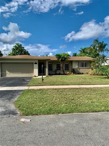 Photo of 5501 Roosevelt St, Hollywood, FL 33021 (MLS # A11111788)