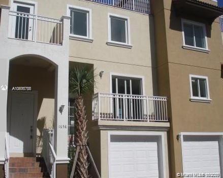 1658 Hayes St, Hollywood, FL 33020 - #: A10693788