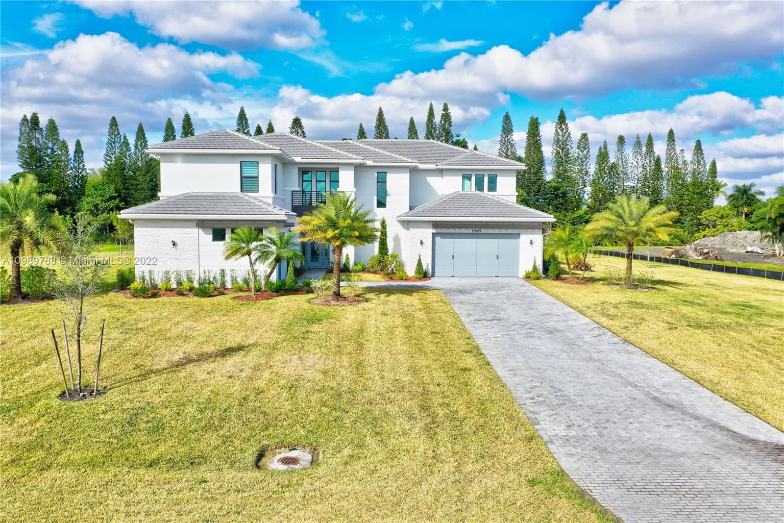17805 Rolling Oaks Estates Dr, SouthWest Ranches, FL 33331 - #: A10989788