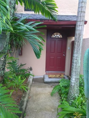 Photo of 15912 SW 91st Ct #B, Palmetto Bay, FL 33157 (MLS # A11004790)