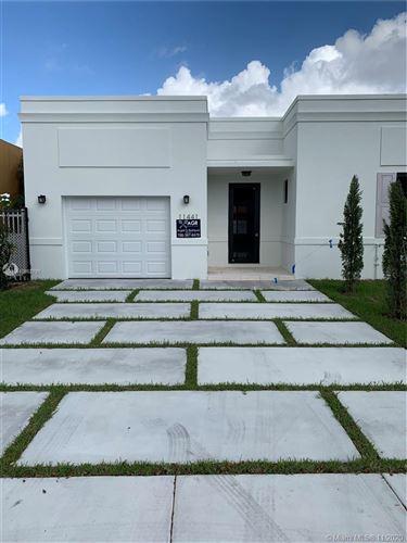 Foto de inmueble con direccion 11441 SW 82nd Terrace Miami FL 33173 con MLS A10862791