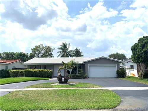 Photo of 4710 Grant St, Hollywood, FL 33021 (MLS # A11042791)