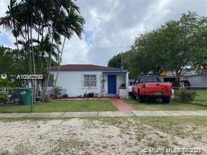 Photo of 6568 SW 39th Ter, Miami, FL 33155 (MLS # A10982792)