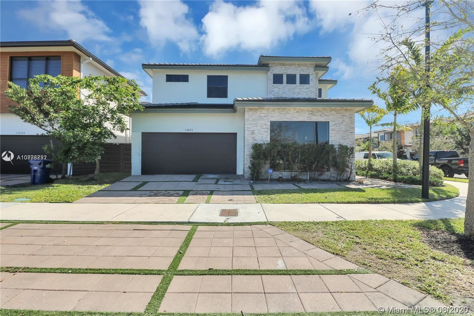 13673 SW 159th Ave, Miami, FL 33196 - #: A10878792
