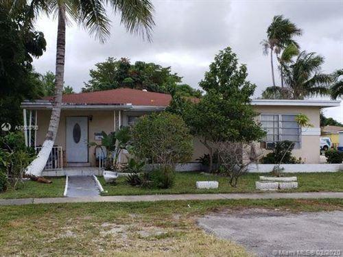 Photo of Listing MLS a10808793 in 1200 NE 156th St North Miami Beach FL 33162