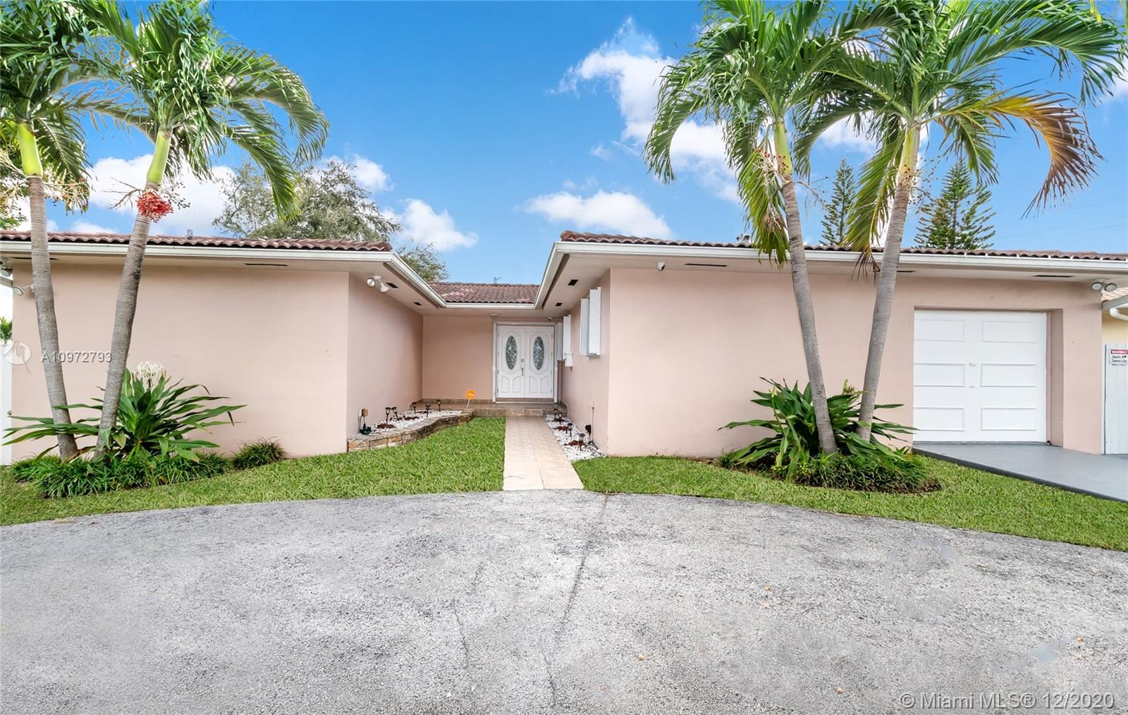 240 S Royal Poinciana Blvd, Miami Springs, FL 33166 - #: A10972793