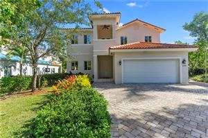 Photo of Listing MLS a10604794 in 6701 Poinciana Ct South Miami FL 33143