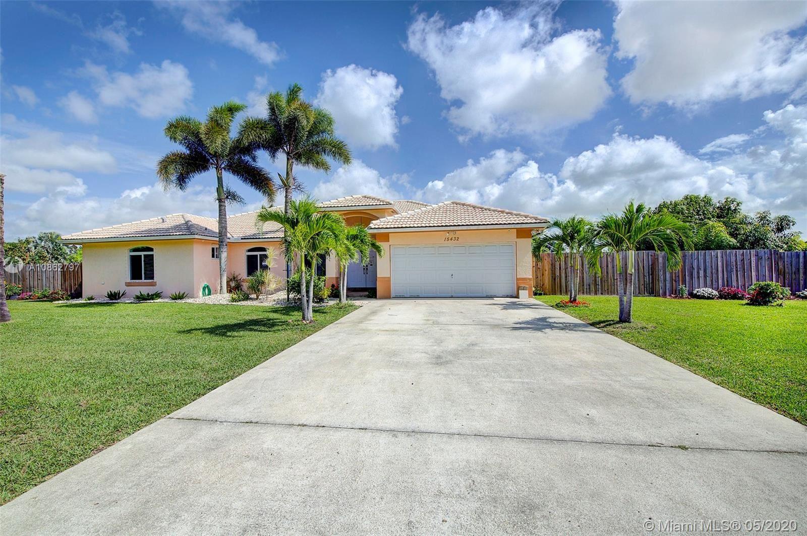 Photo of 15432 SW 277th St, Homestead, FL 33032 (MLS # A10862797)