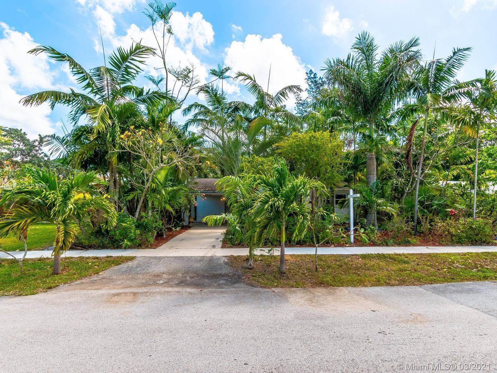 Photo of 4540 SW 34th Ave, Dania Beach, FL 33312 (MLS # A11013797)