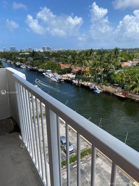 Photo of North Miami, FL 33181 (MLS # A11075798)