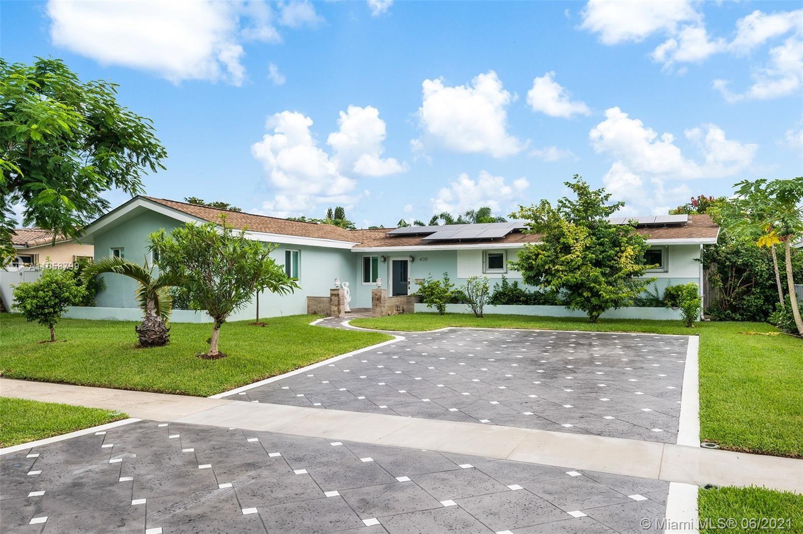 4311 Hayes St, Hollywood, FL 33021 - #: A11058799