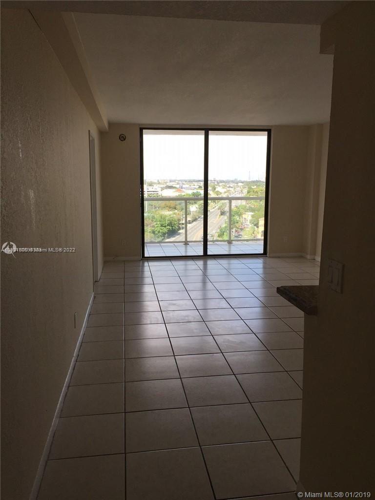 Photo of 13499 Biscayne Blvd #1401, North Miami, FL 33181 (MLS # A10931800)
