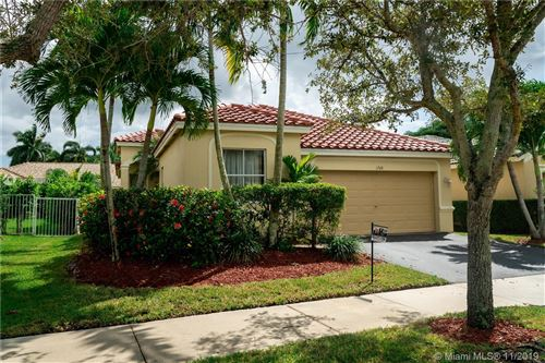 Photo of 1708 Aspen Ln, Weston, FL 33327 (MLS # A10483801)