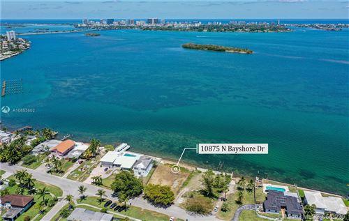 Foto de inmueble con direccion 10825 N Bayshore Dr Miami FL 33161 con MLS A10853802