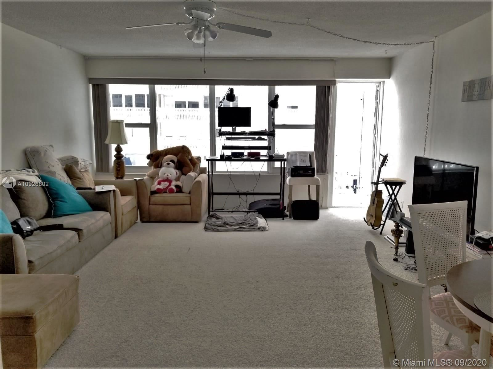 Photo of 4010 Galt Ocean Dr #916, Fort Lauderdale, FL 33308 (MLS # A10926802)