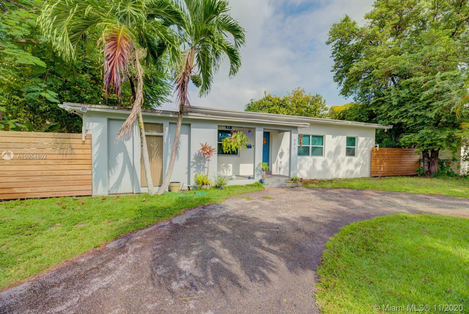 5951 SW 45th St, Miami, FL 33155 - #: A10954802