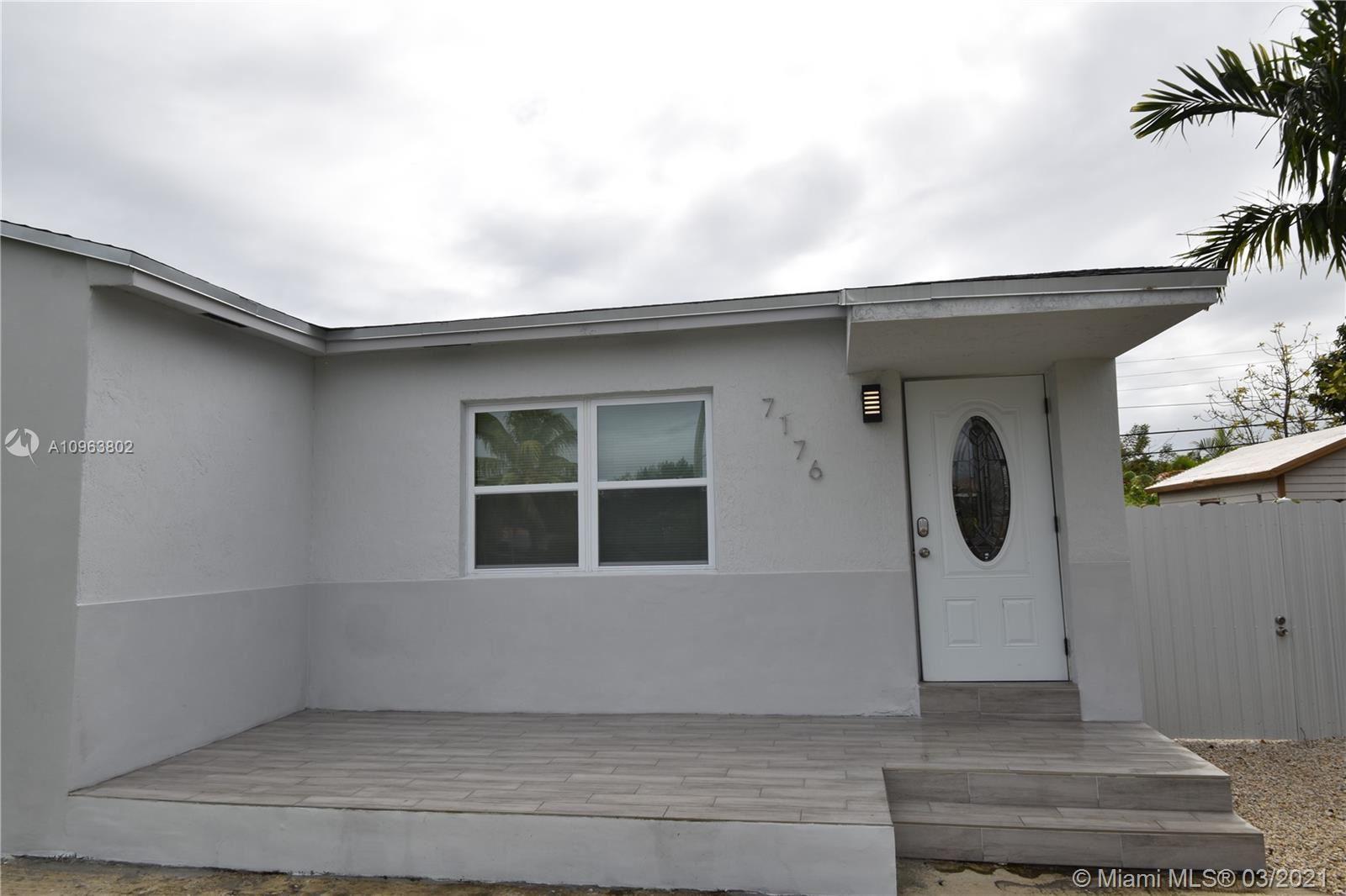 7176 SW 12th St, Miami, FL 33144 - #: A10963802