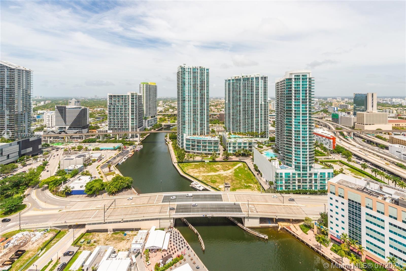 31 SE 5th St #3717, Miami, FL 33131 - #: A11076803