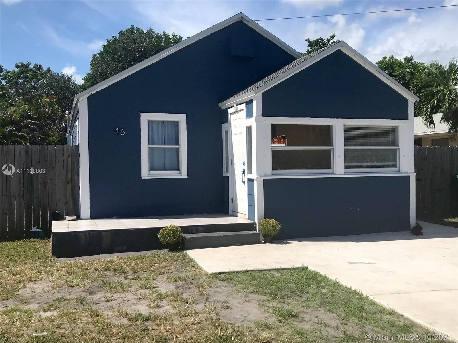 Photo of 46 SW 7th Ave, Dania Beach, FL 33004 (MLS # A11108803)