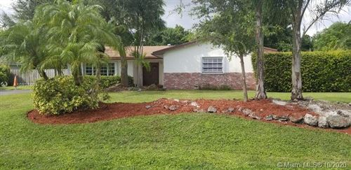 Photo of 7555 SW 173rd St, Palmetto Bay, FL 33157 (MLS # A10938804)