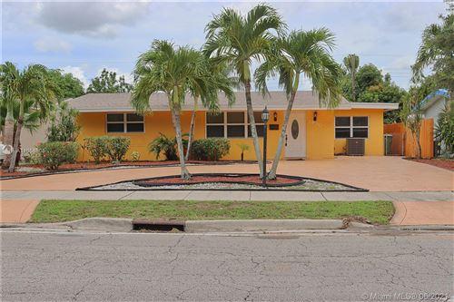 Photo of 7830 Taft St, Pembroke Pines, FL 33024 (MLS # A11058805)