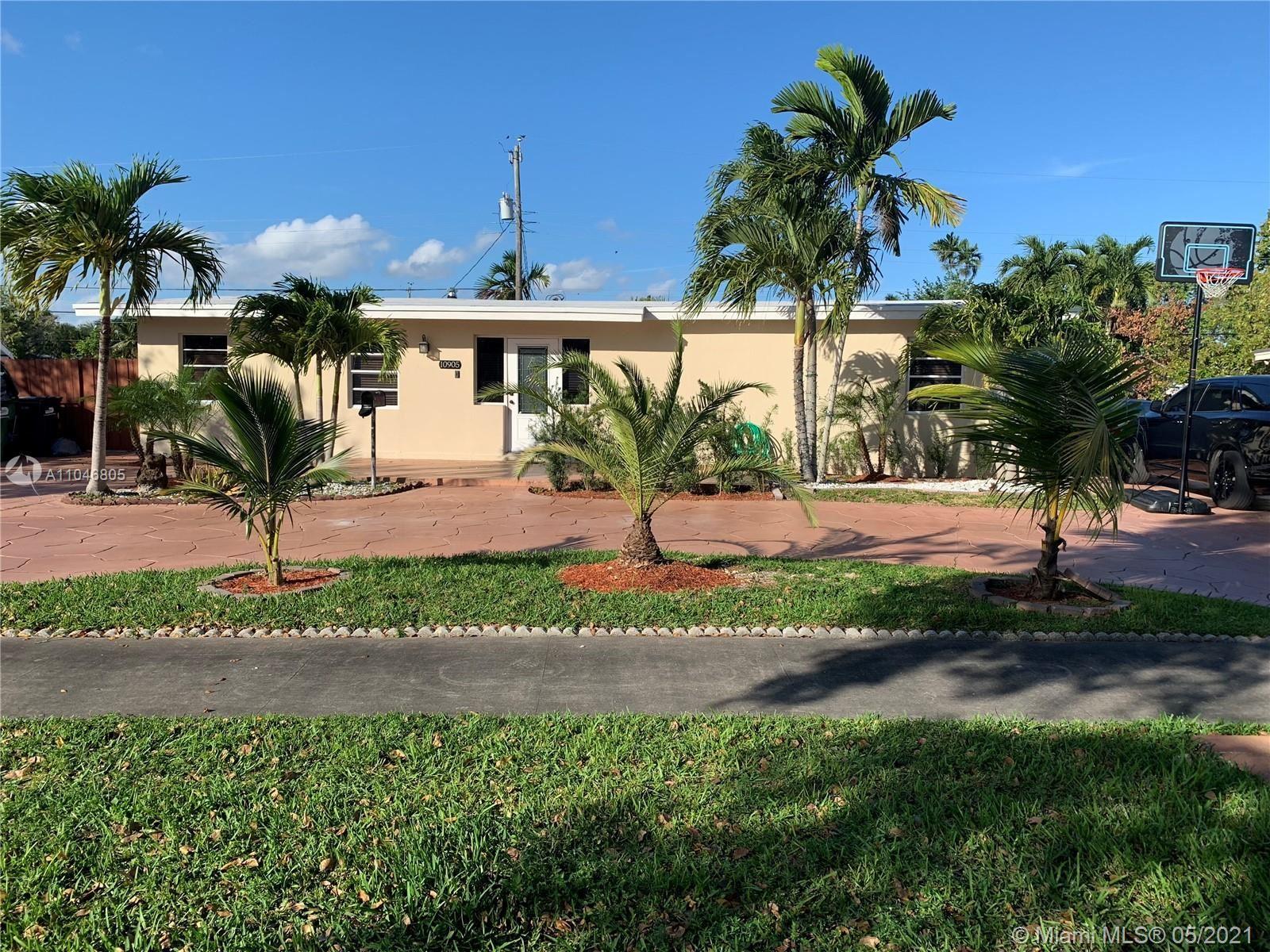 10905 SW 52nd Dr, Miami, FL 33165 - #: A11046805