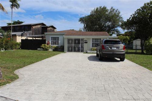 Photo of Listing MLS a10853807 in 1800 NE 175 st North Miami Beach FL 33162