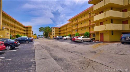 Foto de inmueble con direccion 447 NE 195th St #109 Miami FL 33179 con MLS A10821809