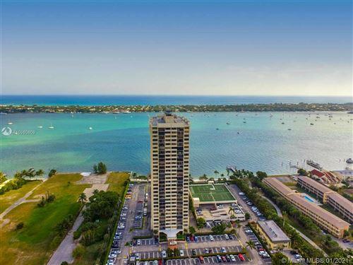 Photo of 5600 N Flagler Dr #706, West Palm Beach, FL 33407 (MLS # A10980809)