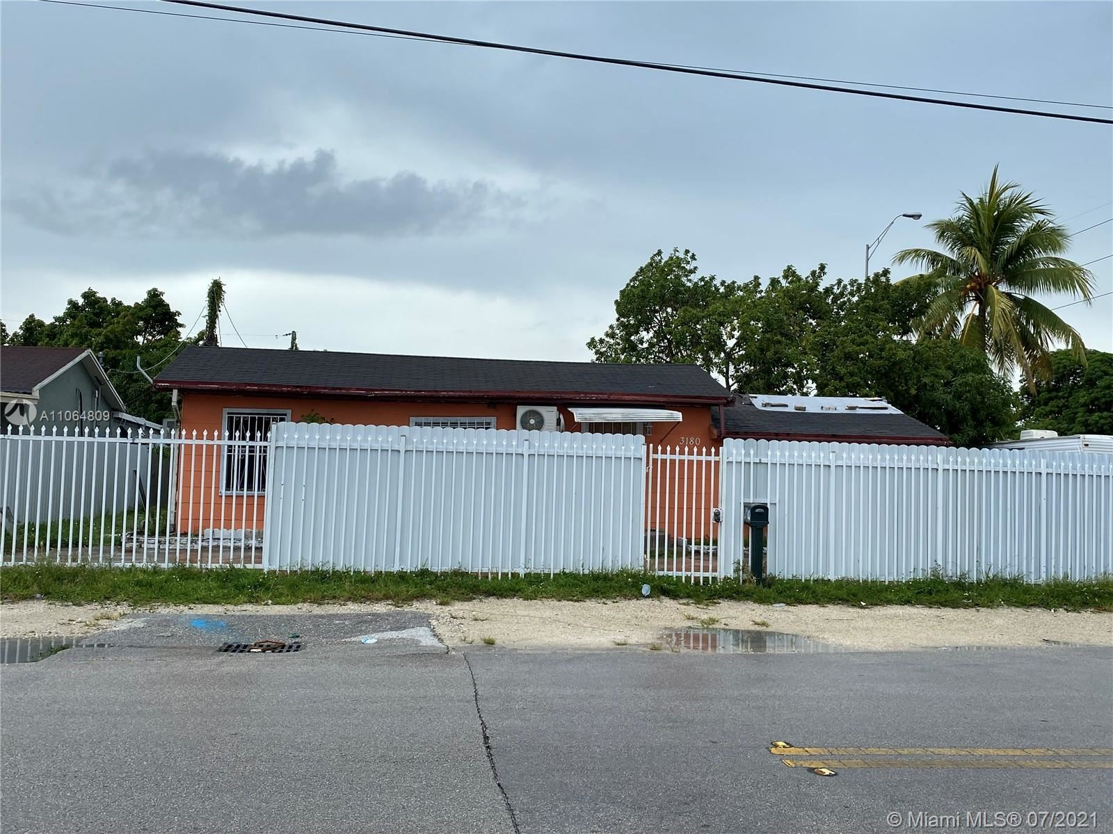 3180 NW 92nd St, Miami, FL 33147 - #: A11064809