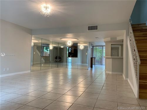 Photo of 942 NE 24th Ave #184, Hallandale Beach, FL 33009 (MLS # A11100810)