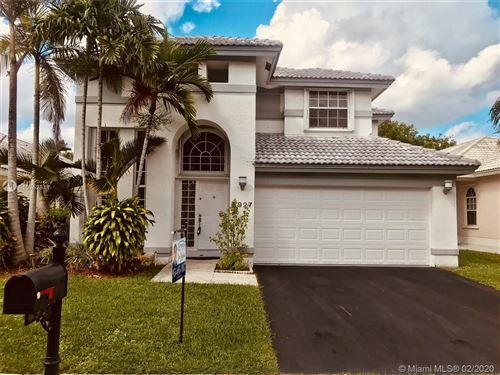 Photo of Listing MLS a10752811 in 6927 NW 27th Ct Margate FL 33063