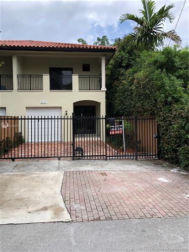 Photo of 3227 Gifford Ln #3227, Miami, FL 33133 (MLS # A10835812)