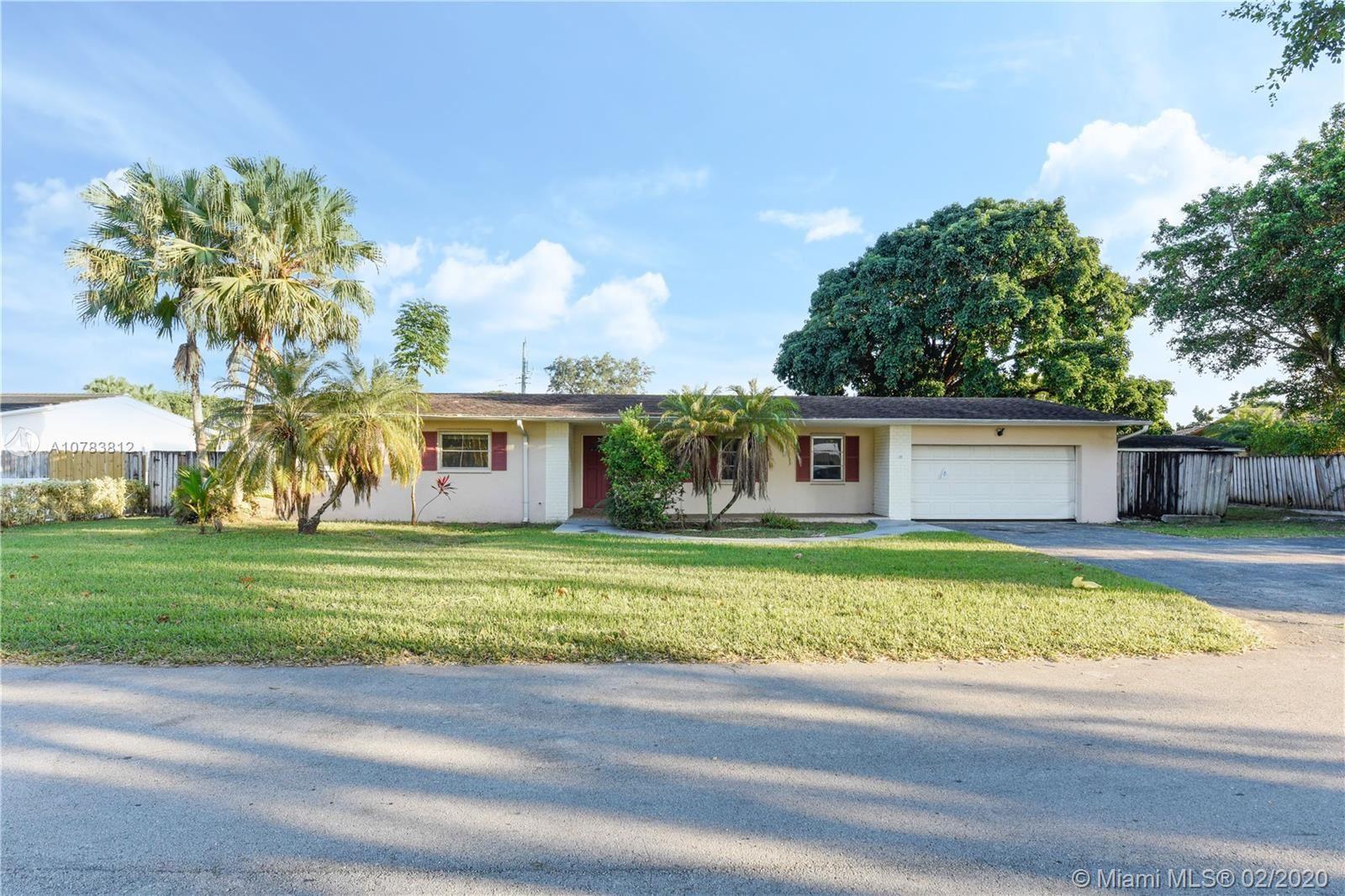 Photo of 9780 SW 141st Dr, Miami, FL 33176 (MLS # A10783812)