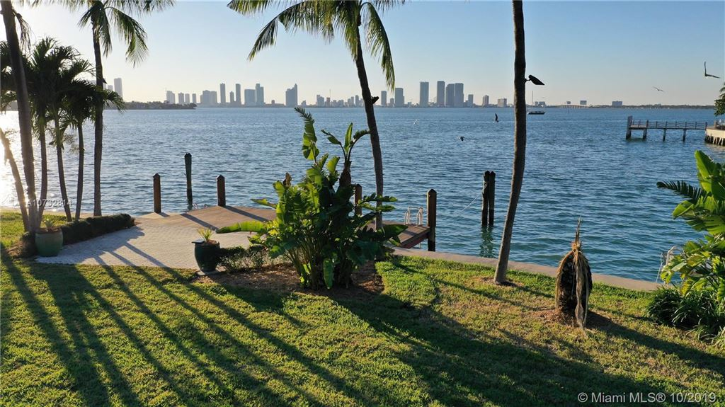 Photo 5 of Listing MLS a10732814 in 2142 Bay Ave Miami Beach FL 33140