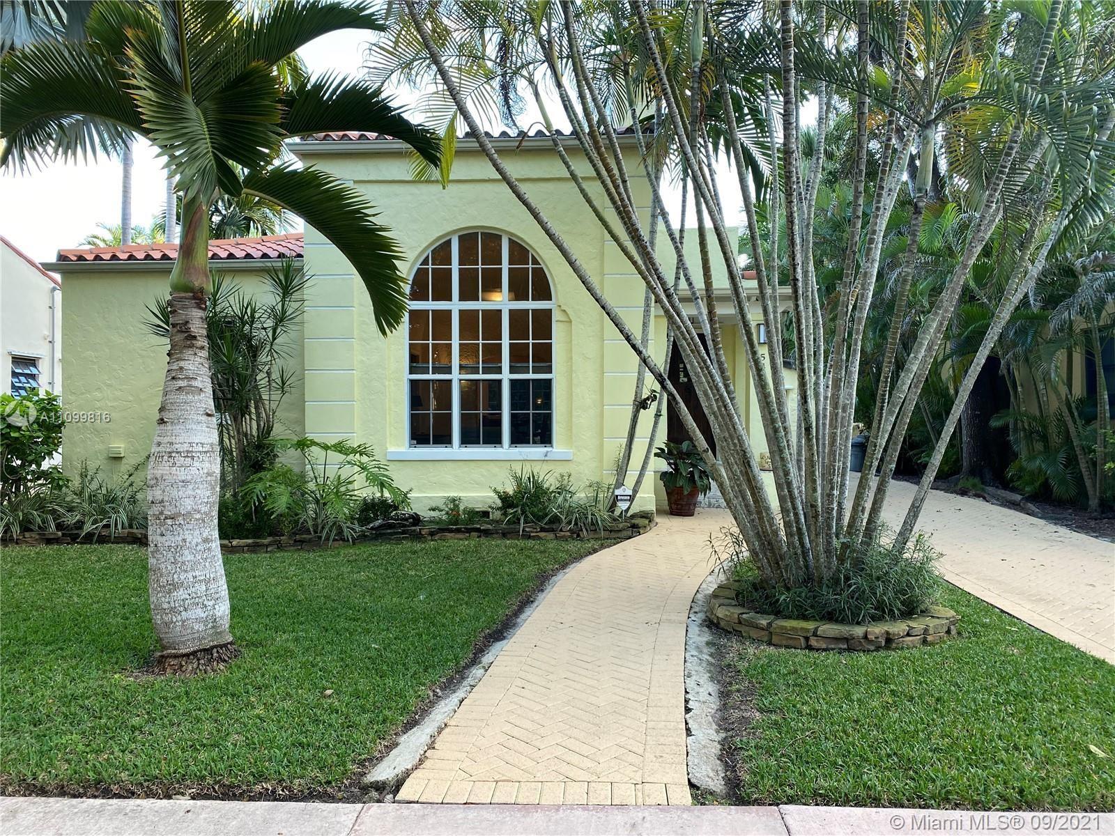 Photo of 544 San Lorenzo Ave, Coral Gables, FL 33146 (MLS # A11099816)