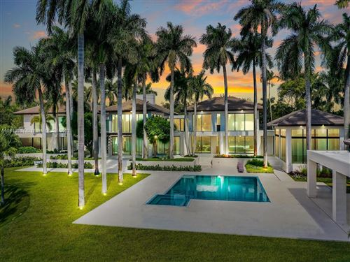 Photo of 650 Casuarina Concourse, Coral Gables, FL 33143 (MLS # A10849817)
