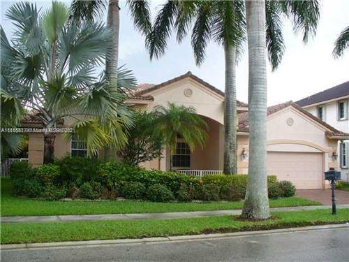 Photo of 2451 Greenbrier Ct, Weston, FL 33327 (MLS # A11115817)
