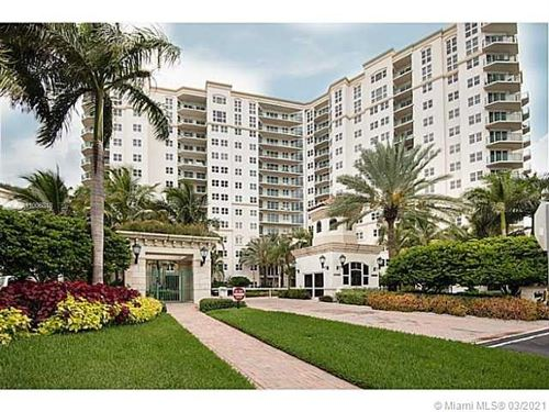 Photo of 20000 E COUNTRY CLUB DR #401, Aventura, FL 33180 (MLS # A11006818)