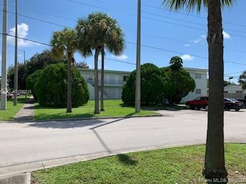 Photo of 17175 NE 20th Ave, North Miami Beach, FL 33162 (MLS # A11098818)