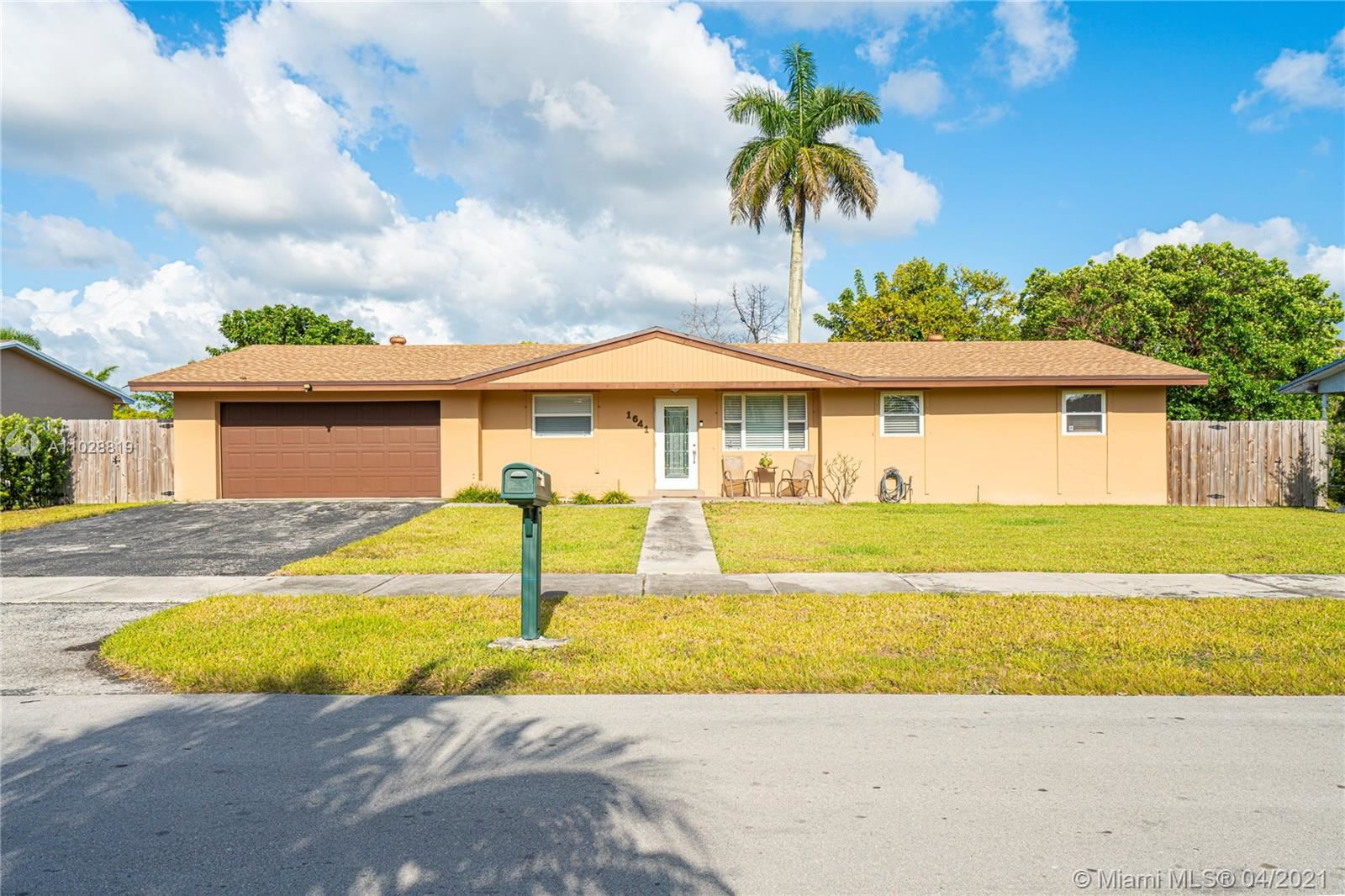 1641 NW 12th Ave, Homestead, FL 33030 - #: A11028819