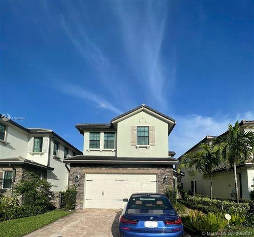 Photo of 435 SW 113th Lane, Pembroke Pines, FL 33025 (MLS # A11096821)